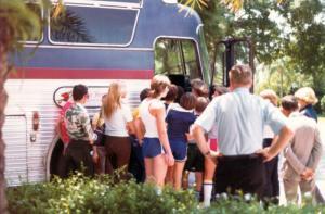 Fans Tour Heartbeat Express Bus